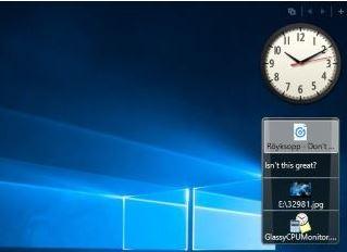 Windows 10 Uhr auf Desktop